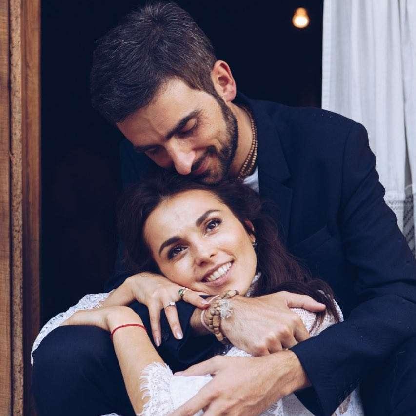 «Тут сложно не поправиться»: Сати Казанова рассказала, как гостила на родине мужа в Италии