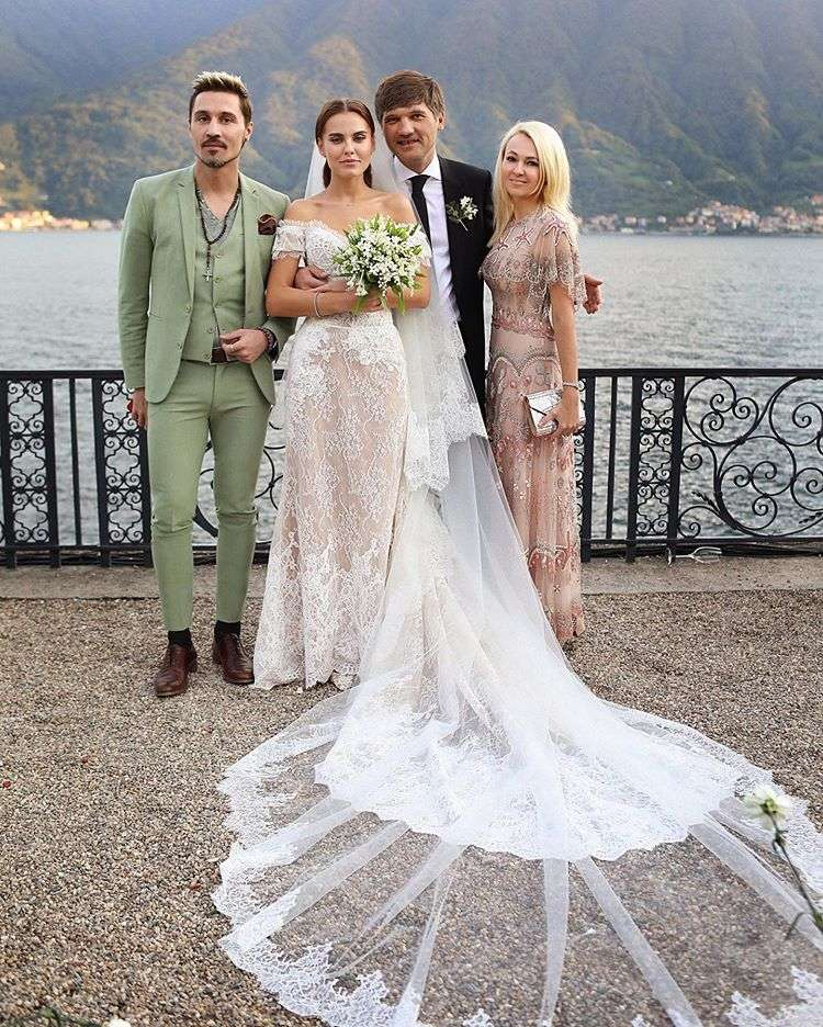 Торжество для своих: Дарья Клюкина и топ-менеджер «Газпром-Медиа» отпраздновали свадьбу