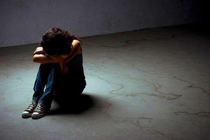 Ешьте, спите, творите: столичные психиатры рассказали, как бороться с депрессией