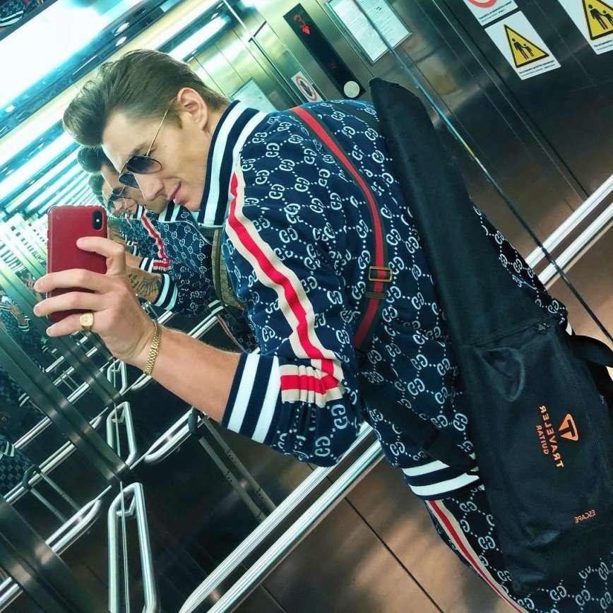 У нас нет романа: Алексей Воробьев прокомментировал свой поцелуй с Ириной Дубцовой
