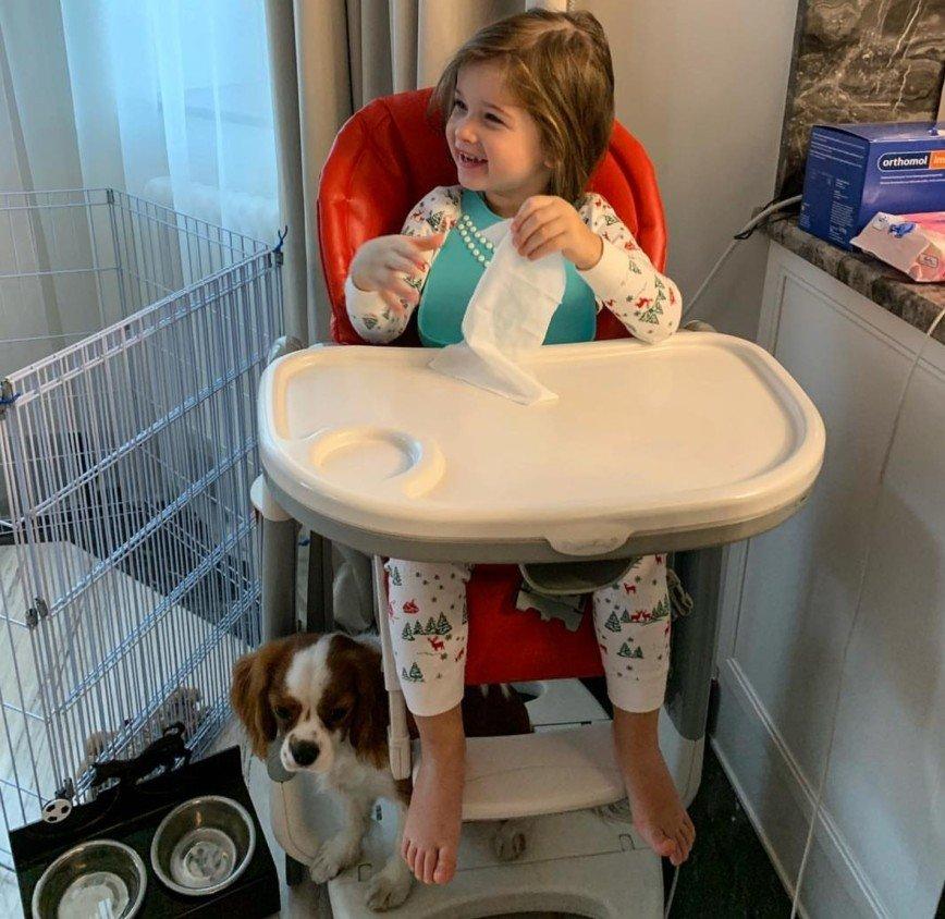 Ох уж эти три годика: Ксения Бородина переживает возрастной кризис младшей дочери
